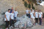 Rifiuti a Sciacca, i volontari ripuliscono la zona del mattatoio e San Michele