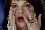 Camilla Musso, che ha solo 16 anni, si esibita in un'interpretazione da brivido di «La sera dei miracoli»