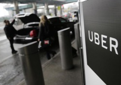 Uber: riceve proposte sbarco in Borsa, valutata 120 mld dlr