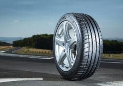 Motori: dal 15 novembre torna obbligo pneumatici invernali