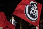 Pe chiede messa al bando gruppi neofascisti-neonazisti in Ue