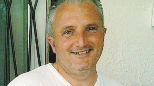 morte di un operaio addetto all'imballaggio del magazzino, Morte operario Campobello, Agrigento, Cronaca