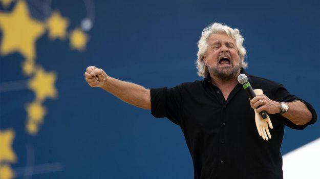 autistici grillo, Italia a 5 Stelle, Beppe Grillo, Sicilia, Politica