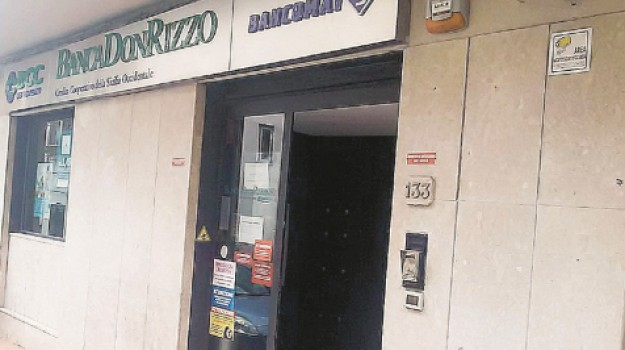 banca don rizzo chiusura ad Alcamo, Trapani, Economia
