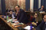 Il consiglio approva il piano Salva-Messina: previsti tagli ai servizi sociali e ai trasporti