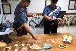 Palermo: confeziona cocaina come caramelle allo Zen 2, arrestato