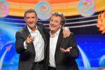 A Striscia la notizia torna la coppia Greggio-Iacchetti: condurranno fino al 5 gennaio