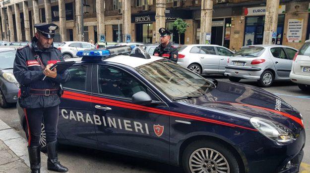 accoltella parcheggiatore, accoltellamento a Palermo, accoltellamento tra extracomunitari, accoltellamento tra parcheggiatori abusivi, Palermo, Cronaca