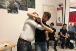 Imparare le tecniche di autodifesa contro le aggressioni, infermieri a lezione a Palermo: il video