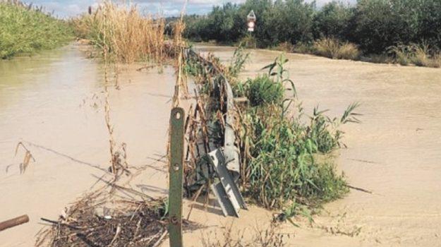 ispica maltempo, tracima il canale di bonifica a marona di marza, Ragusa, Cronaca