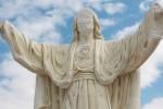 Favara, sfigurata la statua del Cuore di Gesù: terzo atto vandalico in un anno