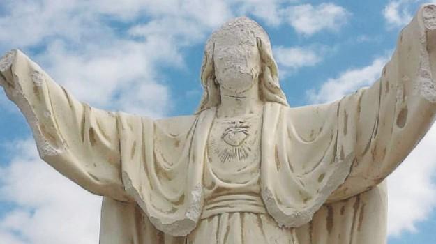 statua del Cuore di Gesù a Favara, Agrigento, Cronaca