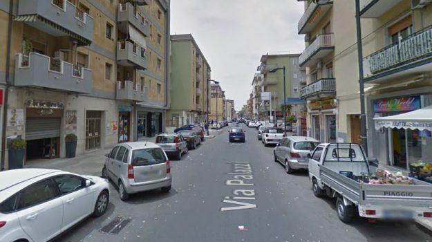 Incendi a Gela, Incendio bar Lory Gela, Caltanissetta, Cronaca