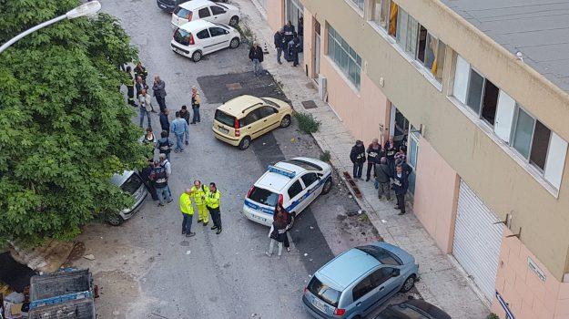 Aggressione Petyx, sgombero via savagnone, Palermo, Cronaca