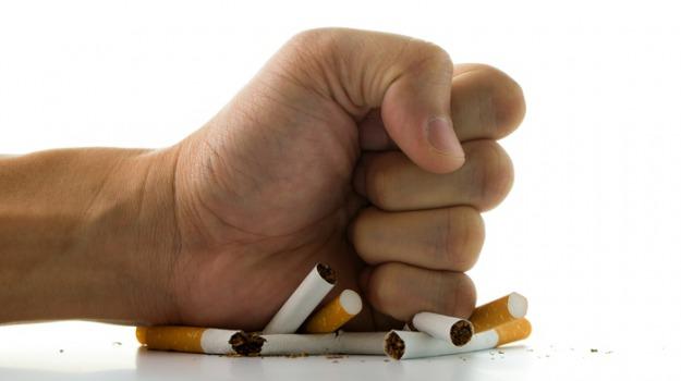 smettere di fumare, Sicilia, Società