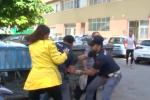 Palermo, le immagini dell'aggressione a Stefania Petyx