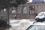 Bomba d'acqua a Bagheria allagamenti e automobilisti in panne