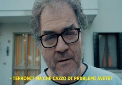 Il monologo interpretato dall'attore Andrea Pennacchi inizia con «Ciao terroni, come va, mi ricordo di voi…»