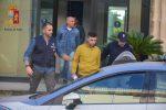 Auto rubate per sfondare le vetrine e svaligiare i negozi: 5 arresti a Vittoria