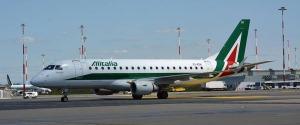 Sciopero Alitalia il 9 e 10 ottobre, cancellati 200 voli
