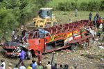 Kenya, autobus finisce in un fosso: 50 morti