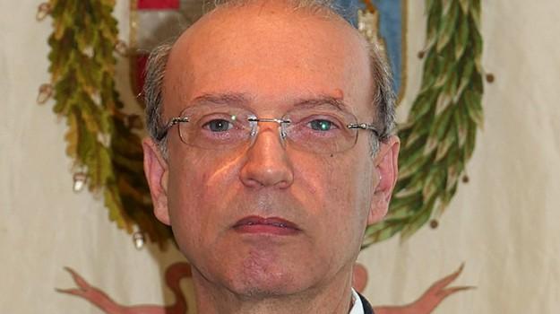 sciolto consiglio comunale di mascali, Carmelo Messina, Catania, Politica