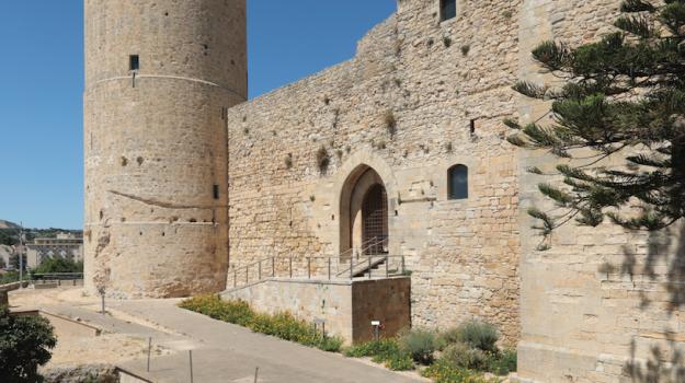 castelli, Trapani, Economia