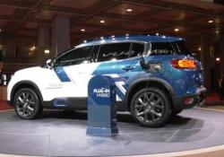 Il marchio francese anticipa al Mondial il suv ibrido plug in che verrà messo in vendita l'anno prossimo: 50 km di autonomia, 8 ore la ricarica domestica e 2 con la ricarica veloce