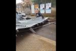 L'impalcatura crollata in via Messina Marine, a Palermo, a causa del forte vento di scirocco