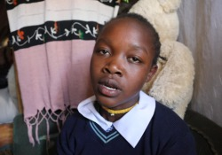 Lo spettacolo a Nairobi con 140 ragazzini