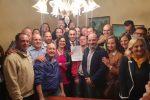 """Blutec di Termini, Di Maio incontra i lavoratori: """"Troveremo soluzione, azienda rispetti gli impegni"""""""