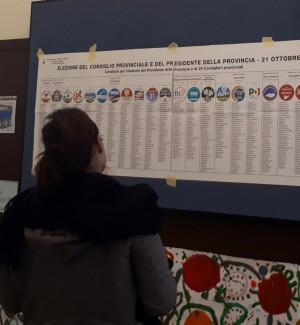 Le operazioni di voto per le elezioni provinciali in Trentino