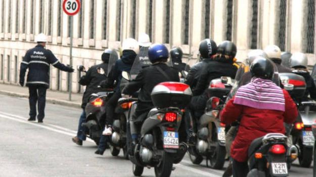 patenti moto, Sicilia, Cronaca