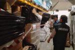 Ventiquattro tonnellate di sacchetti di plastica non a norma, maxisequestro a Palermo