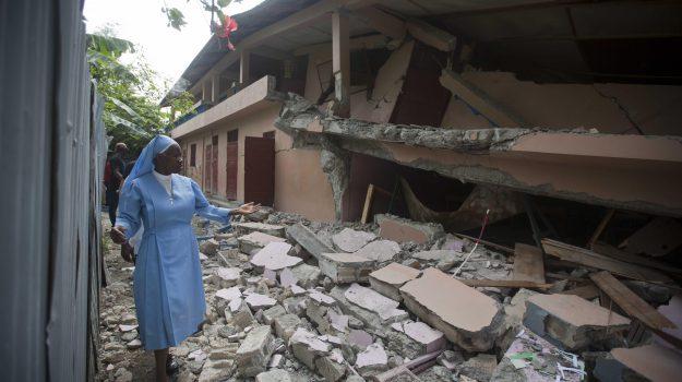 terremoto haiti, Sicilia, Mondo