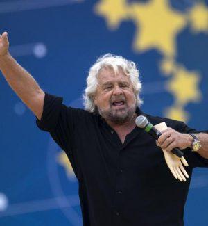 """Grillo contro il Colle: """"Troppi poteri"""", il movimento Cinque Stelle si dissocia"""