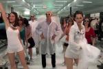 Il Nobel per la Fisica Gérard Mourou balla e canta per il laser