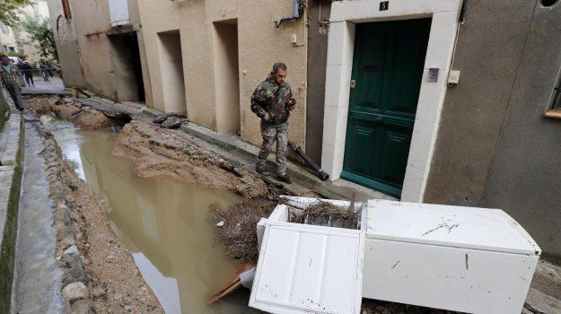 maltempo francia, morti in francia, Sicilia, Mondo