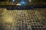 Mega istallazione coi 4mila volti e il concerto per l'integrazione: le foto della festa a Palermo