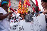 """Migranti via da Riace, il Viminale chiarisce: """"Nessun trasferimento obbligatorio"""""""
