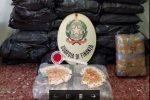 Nascondono in casa 188 chili di marijuana a Ispica, arrestati