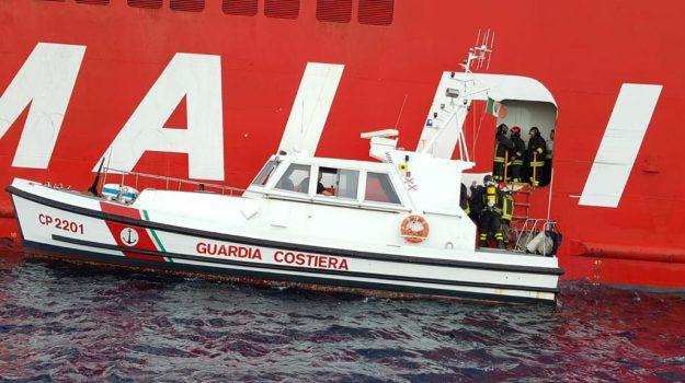incendio nave grimaldi lines, Palermo, Cronaca