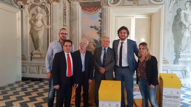 donazione farmaci bagheria, farmaci non scaduti, Patrizio Cinque, Palermo, Società