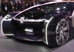 Dopo EZ-Go e EZ-Pro, ecco il terzo veicolo visionario del marchio francese. Elettrico. A guida autonoma. Condiviso. Un «bozzolo» raffinatissimo per viaggiare comodi e nella privacy più piacevole
