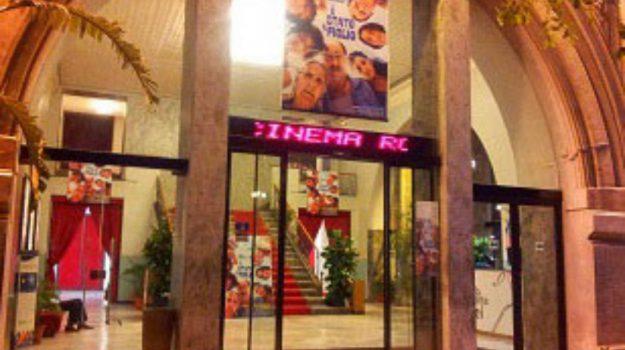 Rouge et Noir cinema Palermo, Palermo, Cronaca