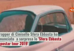 Il suo ultimo album Rockstar è il più venduto in Italia. Il tour partirà da Roma al Palalottomatica il 17 Aprile e approderà anche a Napoli e Milano.