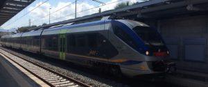 Palermo, nuovi orari per i treni verso l'aeroporto: corse alle 4 del mattino e dopo mezzanotte, ecco la tabella