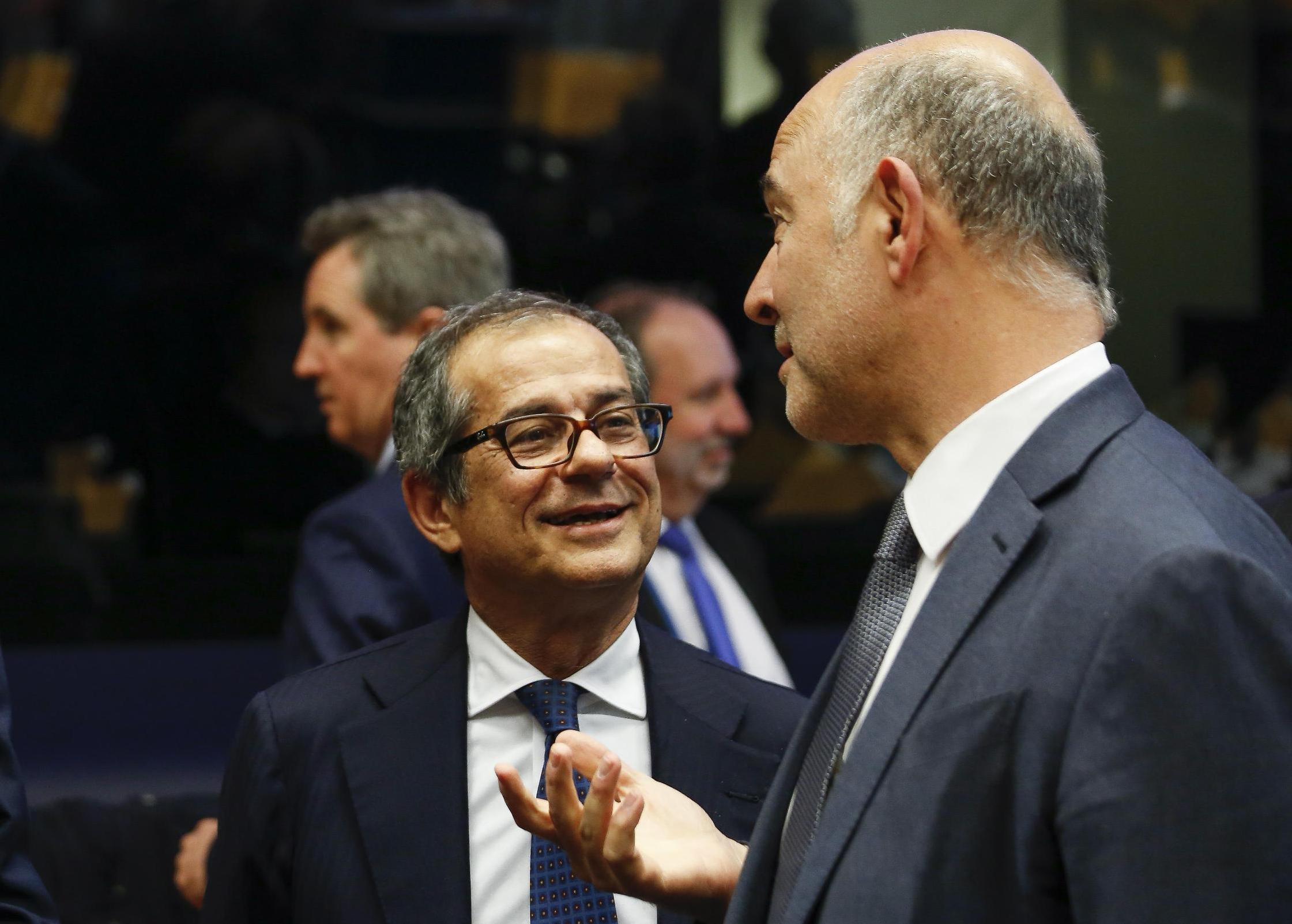 Moscovici: governo italiano tenta sbarazzarsi di obblighi Ue