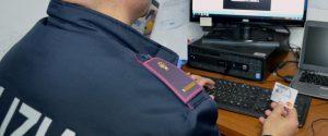 Shopping natalizio online, i consigli della polizia postale per evitare truffe