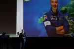 L'astronauta Luca Parimitano, in un momento del collegamento con l'Asi per i 20 anni della Stazione Spaziale (fonte: ASI)